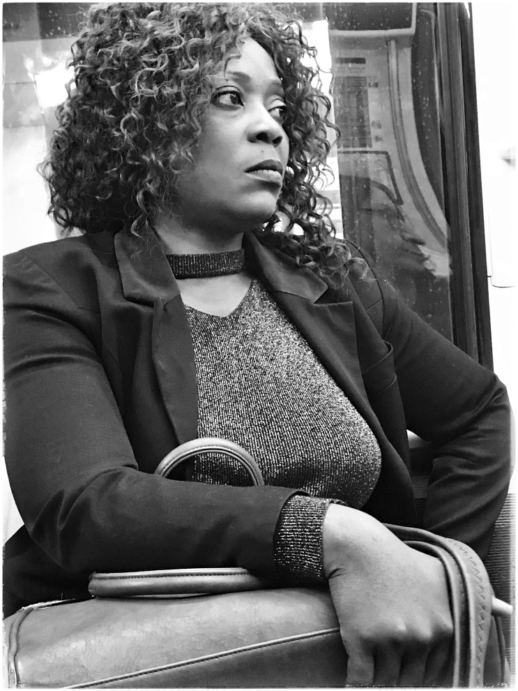 Parigi: ritratti in Metro (2018)