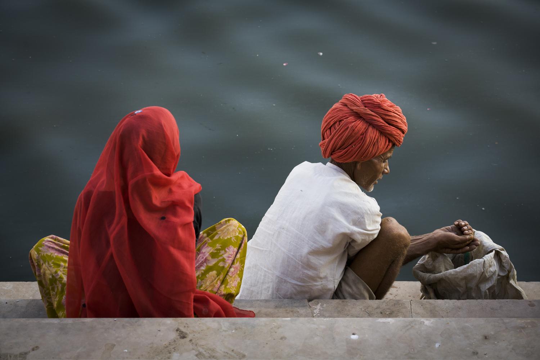 India - la prima volta , Credo di aver viaggiato veramente per la prima volta, solo quando per la prima volta sono stato in India. Ho pensato di essermi addormentato e che l'aereo, a mia insaputa, per la prima volta, mi